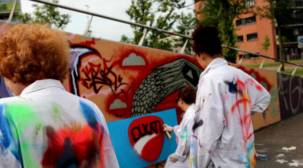Slide 2: Workshop Graffiti